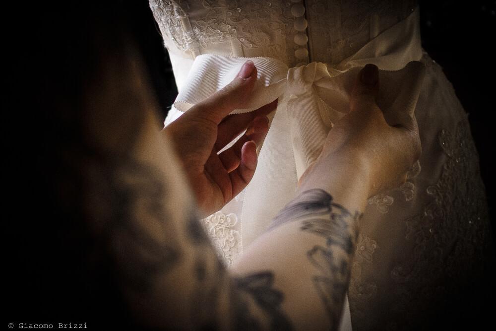 Dettaglio abito da sposa Matrimonio ad Alghero