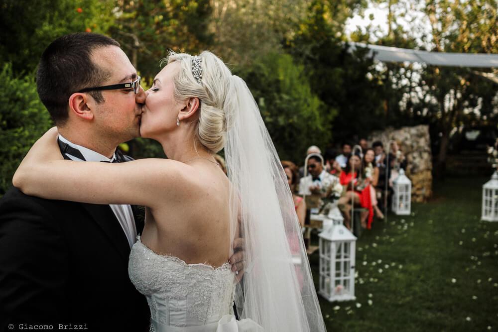 Bacio degli sposi Matrimonio ad Alghero