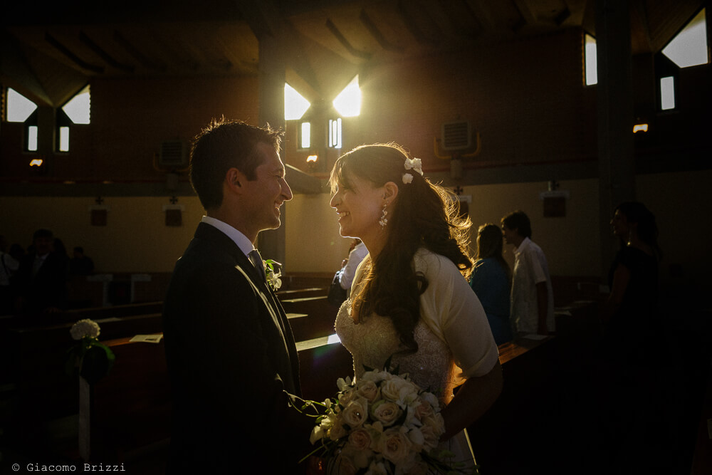 I due sposi in controluce Matrimonio a Sarzana