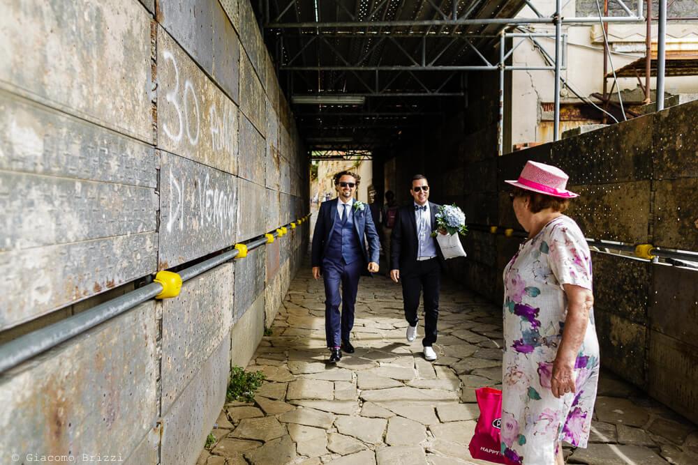 Ospiti che arrivano al Matrimonio a Portovenere