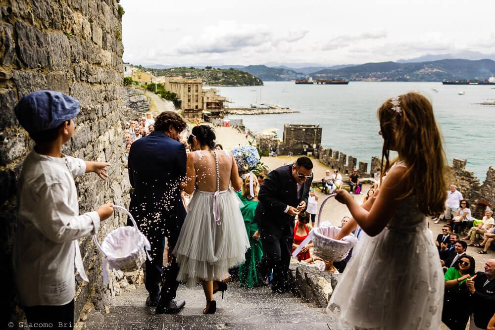 Uscita degli sposi al Matrimonio a Portovenere