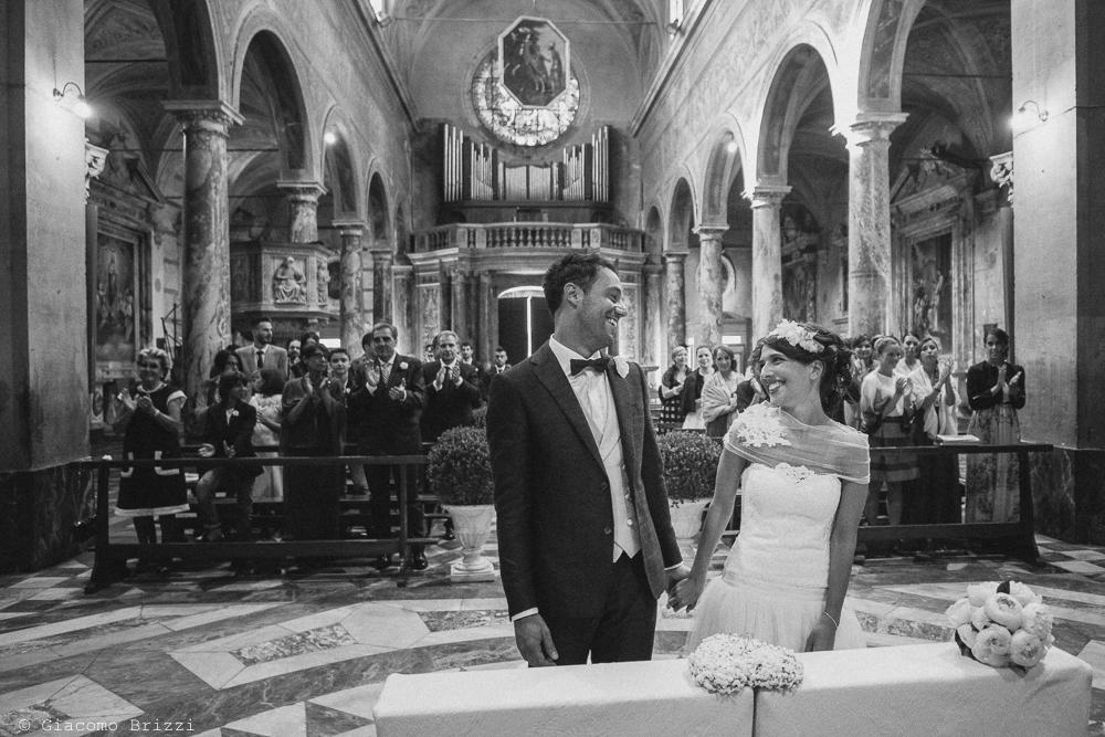 I due sposi all'altare, fotografo matrimonio Forte dei Marmi, Versilia