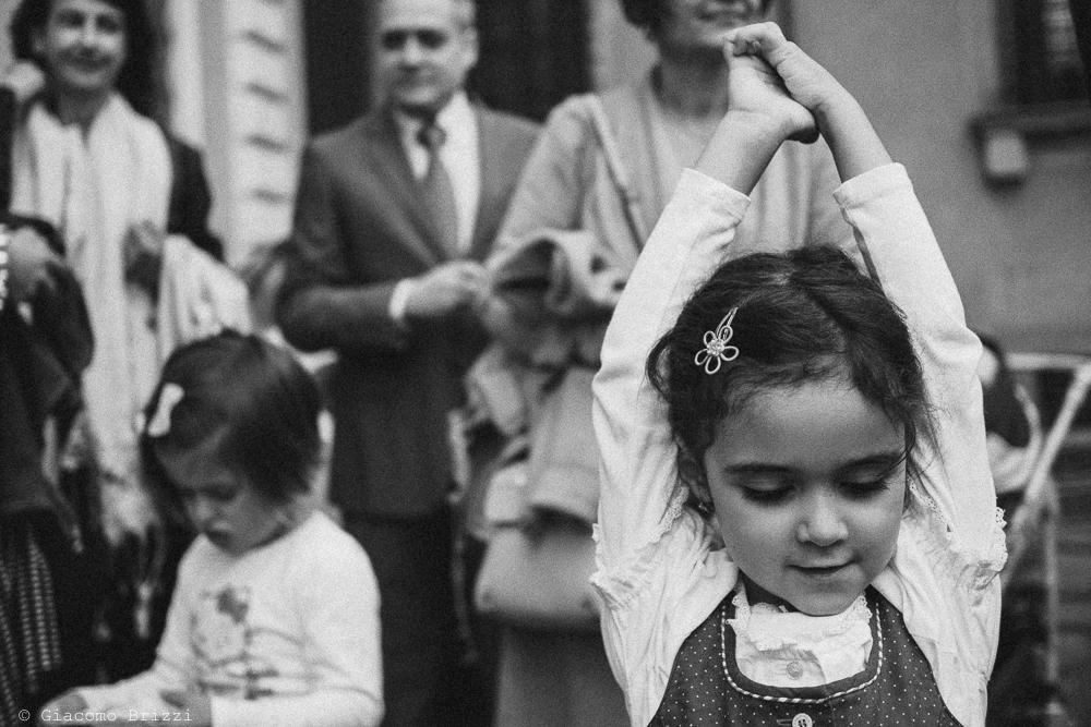 Un inquadratura sui piccoli invitati al matrimonio, fotografo ricevimento matrimonio a pisa, palazzo dei dodici