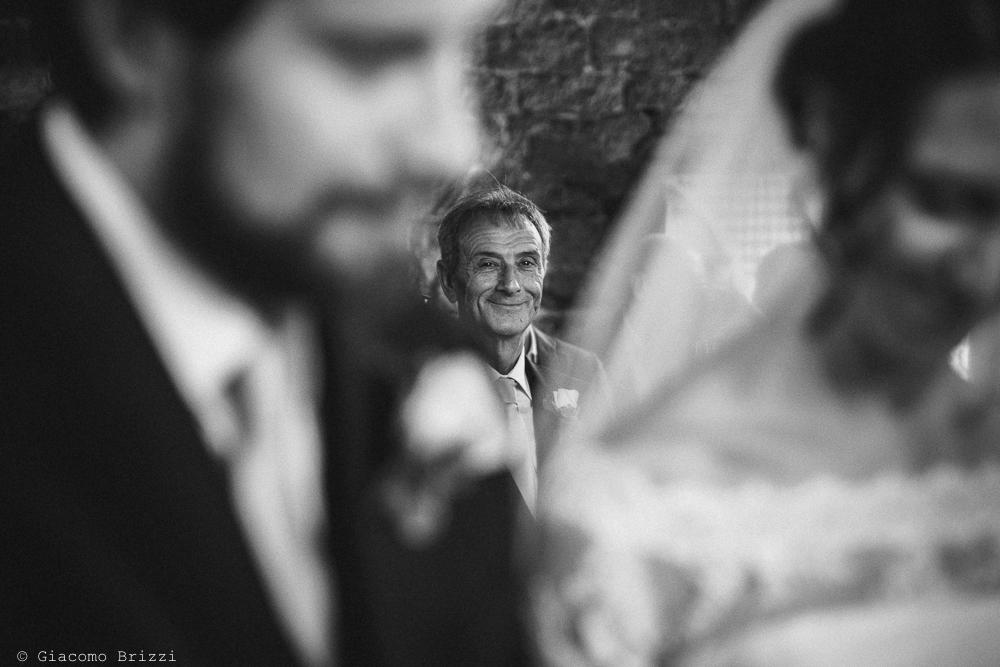 Inquadratura primo piano viso su secondo piano, fotografo matrimonio ricevimento hotel europa, lerici