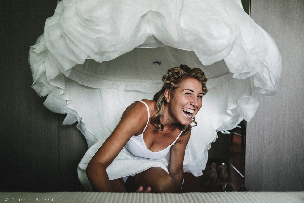 La sposa in primo piano matrimonio viareggio la costa dei barbari
