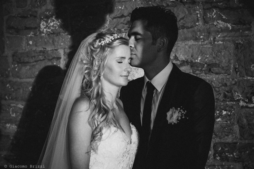 Foto artistica con gli sposi come soggetti, fotografo matrimonio ricevimento le terrazze, portovenere