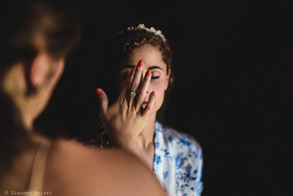 La sposa al trucco, fotografo matrimonio ricevimento ponte del vegnuti, ceserano