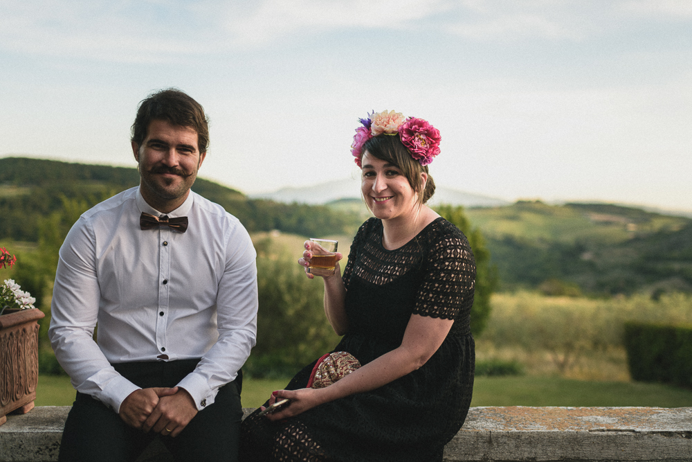 Due invitati al ricevimento matrimonio ricevimento terre di nano
