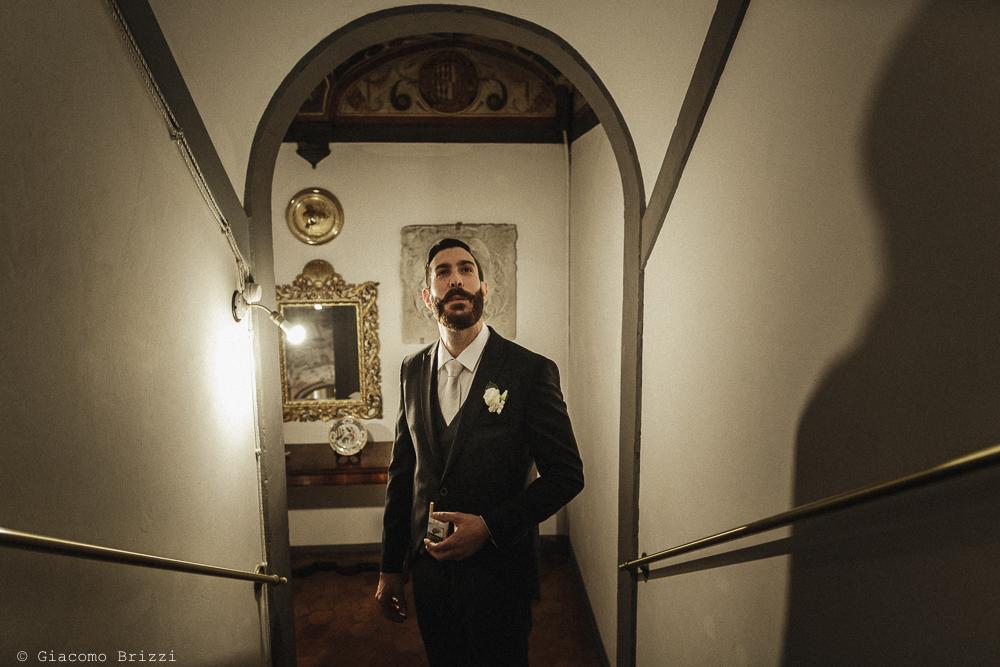 Inquadratura sullo sposo, matrimonio San Giuliano Terme, Pisa. Giacomo Brizzi Fotografo