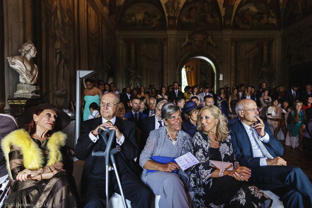Inquadratura sui genitori degli sposi, matrimonio San Giuliano Terme, Pisa. Giacomo Brizzi Fotografo