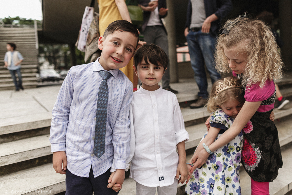 Inquadratura su due bambini, matrimonio Massa Carrara Toscana