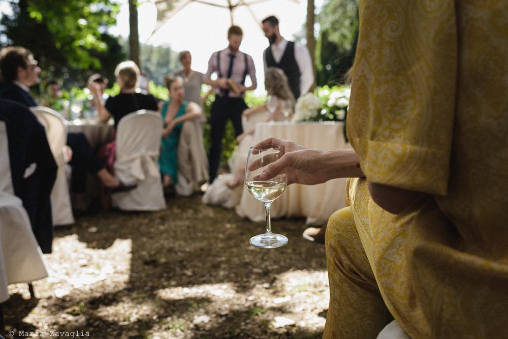 Inquadratura su calice di vino, matrimonio San Giuliano Terme, Pisa. Giacomo Brizzi Fotografo