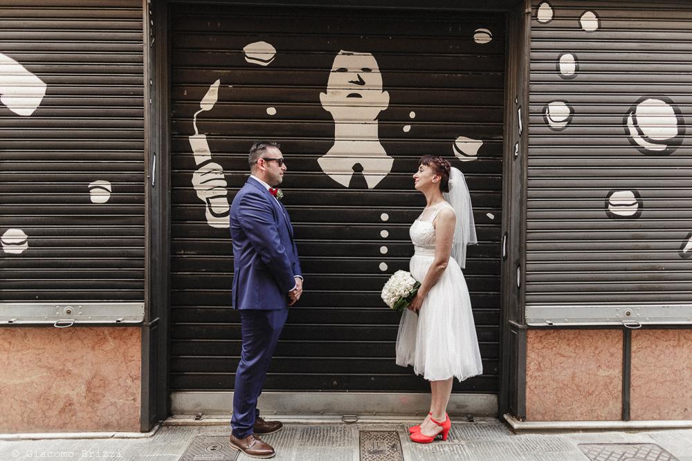 Gli sposi uno di fronte l'altro, matrimonio Massa Carrara Toscana